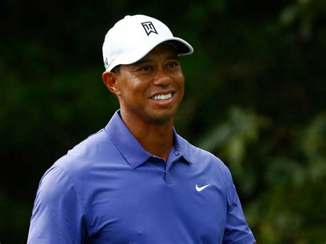 tiger woods new swing coach woods confirms como as new coach golf betting tips