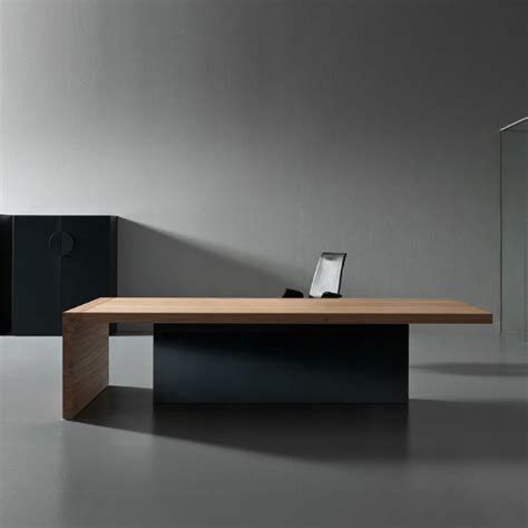 The Office Desk Kyo Olmo Executive Desk Custom Made Desks Apres Furnitue