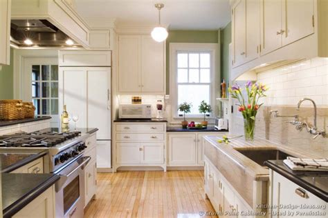 pictures of kitchens traditional white kitchen