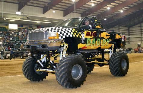 real monster truck videos real carros carros de verdad monster trucks monster