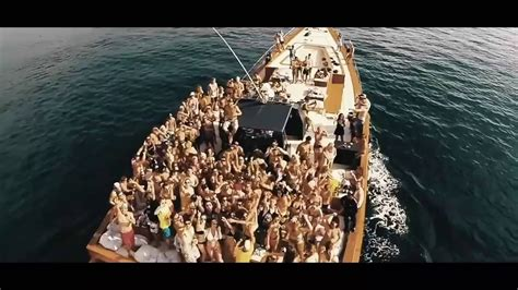 boat party bali boat party bali uncensored drunken monkeyz youtube