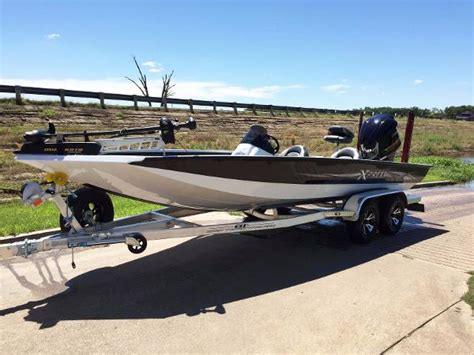 xpress boats for sale in tx 2016 xpress x21 21 foot 2016 boat in waco tx
