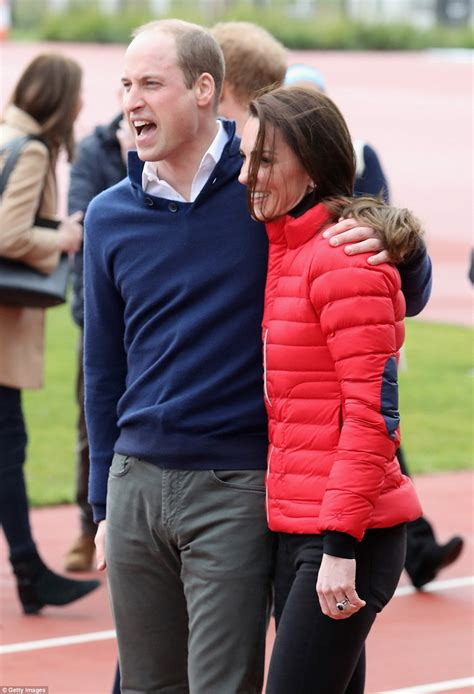 kate middleton and prince william at marathon pictures kate middleton races prince harry at olympic park daily