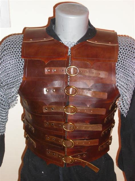 Armor Dresser by Pin By Heise On Ren Con Sub Armor S Clothing