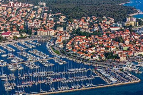 un porto della dalmazia biograd na moru zaravecchia la citt 224 sul mare