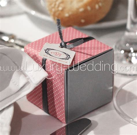 Wedding Gift For Guests by Wedding Favors Gifts For Wedding Guest Personalized
