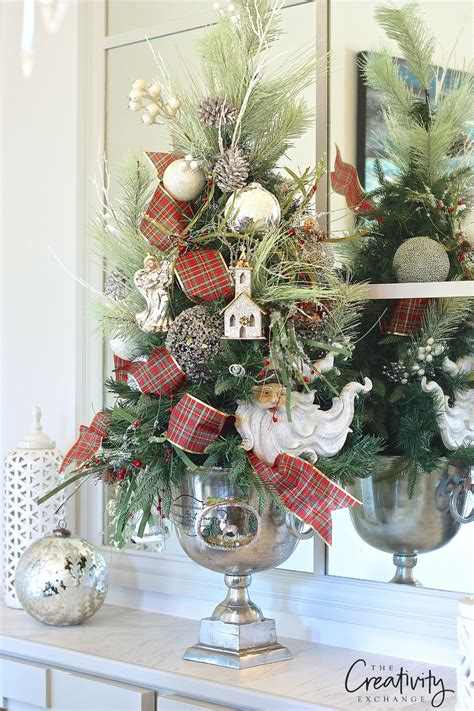 decoratingthe tree garland top use these creative decorating tricks this year
