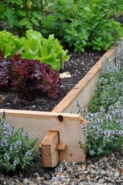 wood flower bed border best 25 wood edging ideas on pinterest