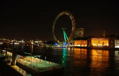 thames river cruise at night the thames at night sheila macdonald s blog