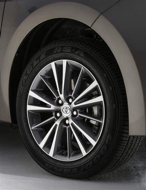 Toyota Wheels 2014 Toyota Corolla Look Photo Gallery Motor Trend