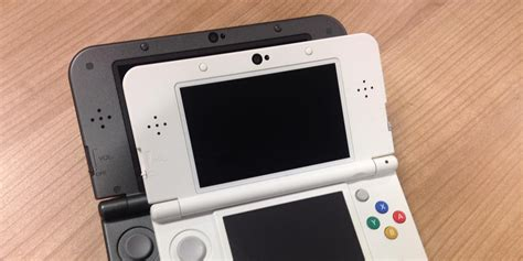 New Nintendo 3ds Reguler Kecil new 3ds or xl our guide to choosing between the regular and large systems