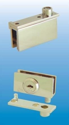 Swinging Glass Cabinet Door Locks Cabinet Swinging Glass Door Pivoting Lock 410 7