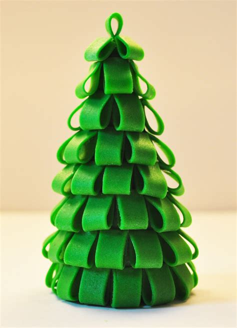 judy s cakes christmas tree tutorial 1