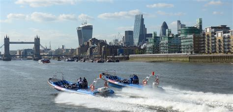 thames river jet private speed boat hire on the river thames thamesjet