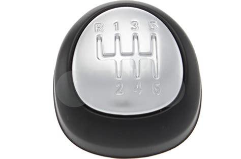 55353569 saab emblem shift knob 6 speed non leather