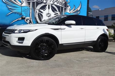 land rover white black rims range rover evoque white with black wheels imgkid