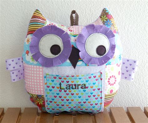 Patchwork Owls - welcome to the giveaway day for 2011 angie s studio