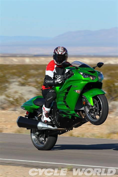 green painted crotch rocket flickr photo sharing 17 best images about zx14r customs on pinterest stitch