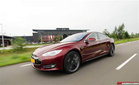Tesla Motors Uk Tesla Motors Expands Supercharger Network To Gtspirit