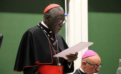 vatican liturgy chief asks all priests and bishops to face vatican liturgy chief asks all priests and bishops to face