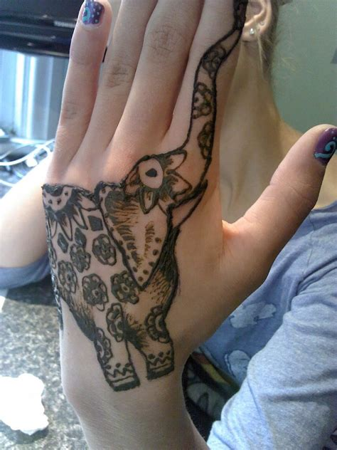 elephant henna tattoo on hand elephant henna makedes