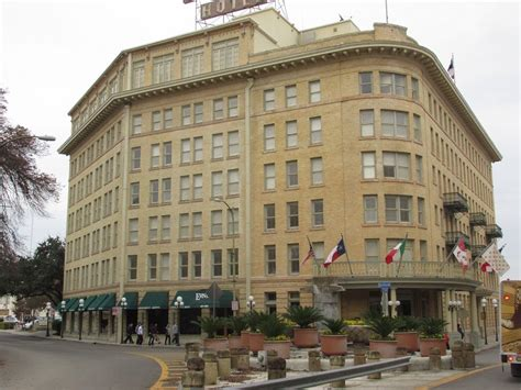 san antonio historic hotels the crockett western trips