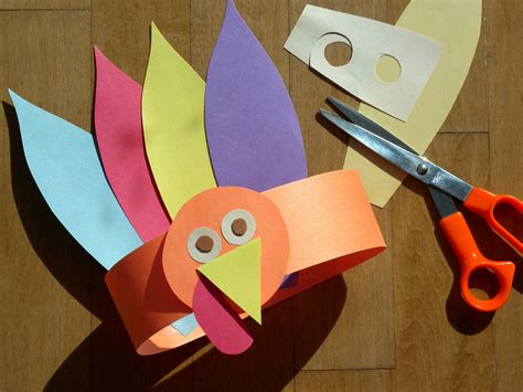 Turkey Construction Paper Craft - gobble gobble turkey hat bunch