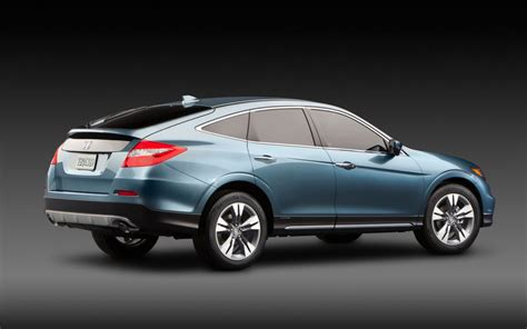 2013 honda crosstour goes for sale this month