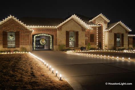 outdoor lighting installation of houston 832 726 1669