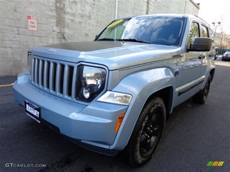 jeep liberty arctic 2012 winter chill pearl jeep liberty arctic edition 4x4