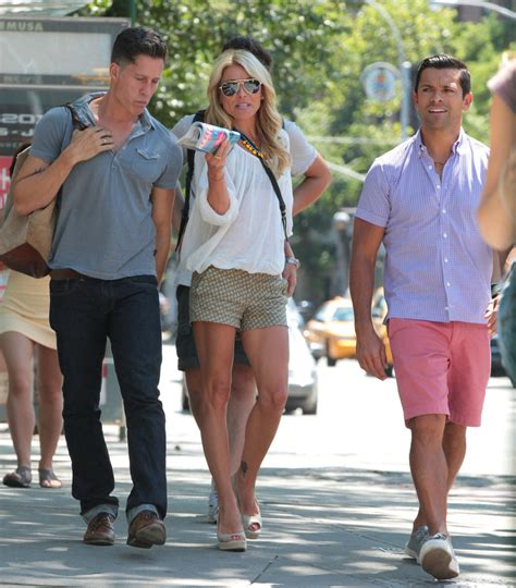 spotted kelly ripa and kids drink up moms babies celebrity mark consuelos in kelly ripa and mark consuelos out in new