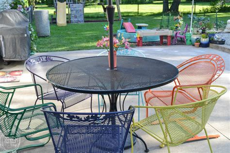 how to paint metal lawn furniture refresh living