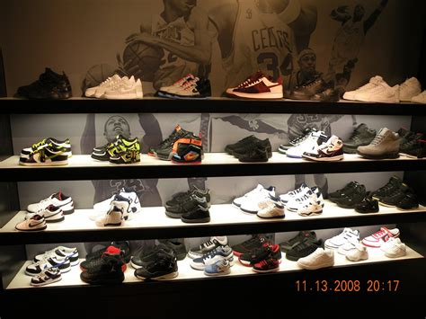 house of hoops chicago inside house of hoops chicago sneakerfiles