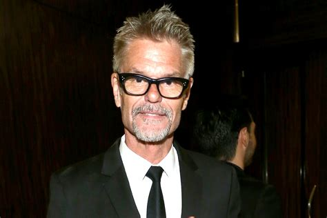 harry hamlin reveals what he thinks about the lisa rinna harry hamlin cast on usa s shooter the daily dish