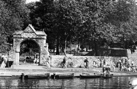 Medway Gardens by Maidstone River Medway Palace Gardens Gateway C 1955