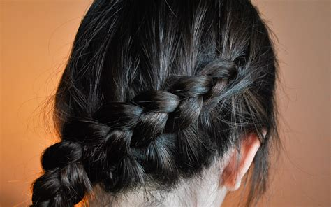 how to do a katniss braid step by step how to make a katniss inspired braid 12 steps