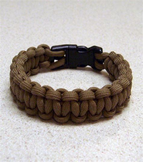 How to Make Multifunctional Paracord Project   DIY & Crafts   Handimania