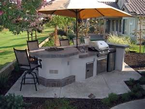simple outdoor kitchen outdoor kitchen fire feature grill shade umbrella outdoor