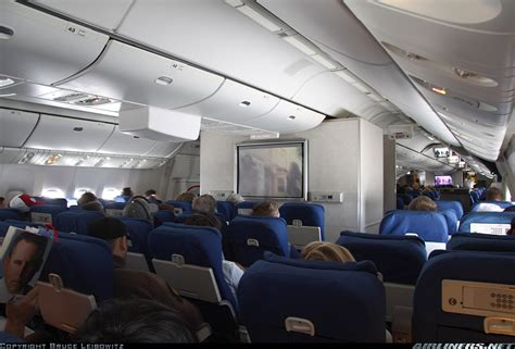 united airlines to add denver flights as part of expansion plan boeing 777 222 united airlines aviation photo 1545675