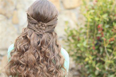 Knot Hairstyle by 3 Ways To Wear A Celtic Knot St S Day Hairstyles