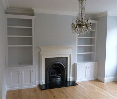 Southern Style Living Rooms by Nigel Eaton Alcove Cupboards Herne Hill
