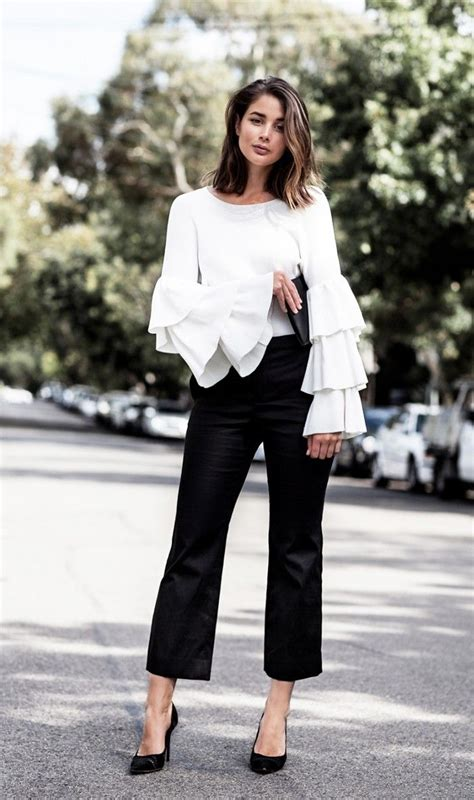 7 Ways To Wear Ruffles This Fall by 25 Best Ideas About Ruffle Blouse On Ruffles