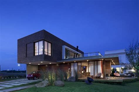 10 stylish brazil houses with contemporary designs