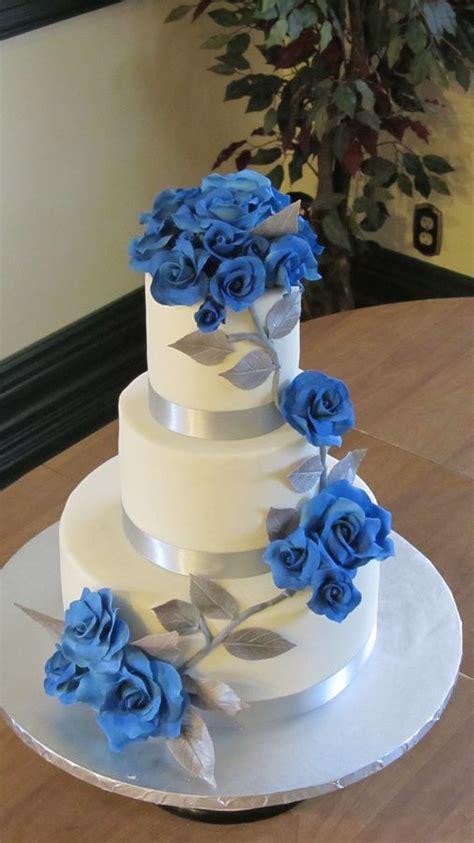 yellow and silver wedding cakes silver wedding cakes lemon rasp cake iced with white