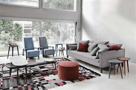 divano grigio divano grigio con quali cuscini lo ravvivo salotto