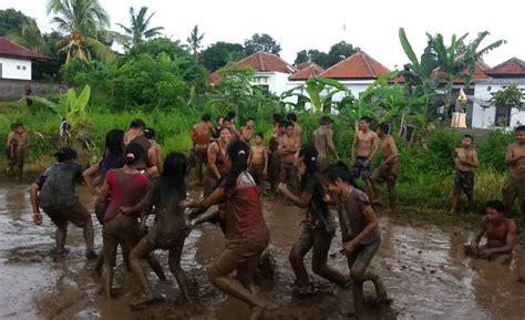 permainan megoak goakan budaya indonesia