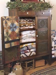Quilt Storage Cabinets Quilt Storage Cabinet Quilt Shoppe Storage Storage Cabinets And Quilt Storage