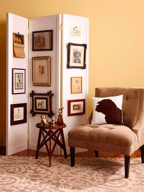 hanging paintings without holes way to display photos or paintings without putting