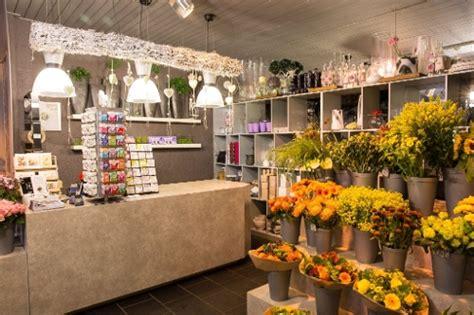 bloemen bezorgen in restaurant bloemist zevenbergen t roosje regiobloemist