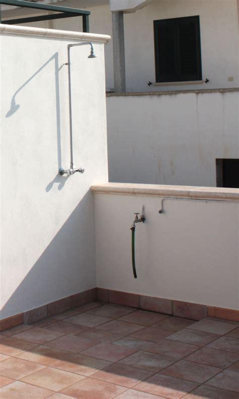 doccia esterna appartamento m3 rosa salento insieme